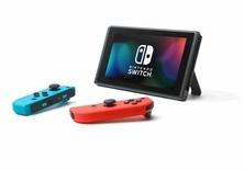 Obrázek ze hry Herní konzole Nintendo Switch s Joy-Con - modro-červená